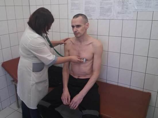 Олег Сенцов написав заяву про припинення голодування з адвокатами-РосЗМІ