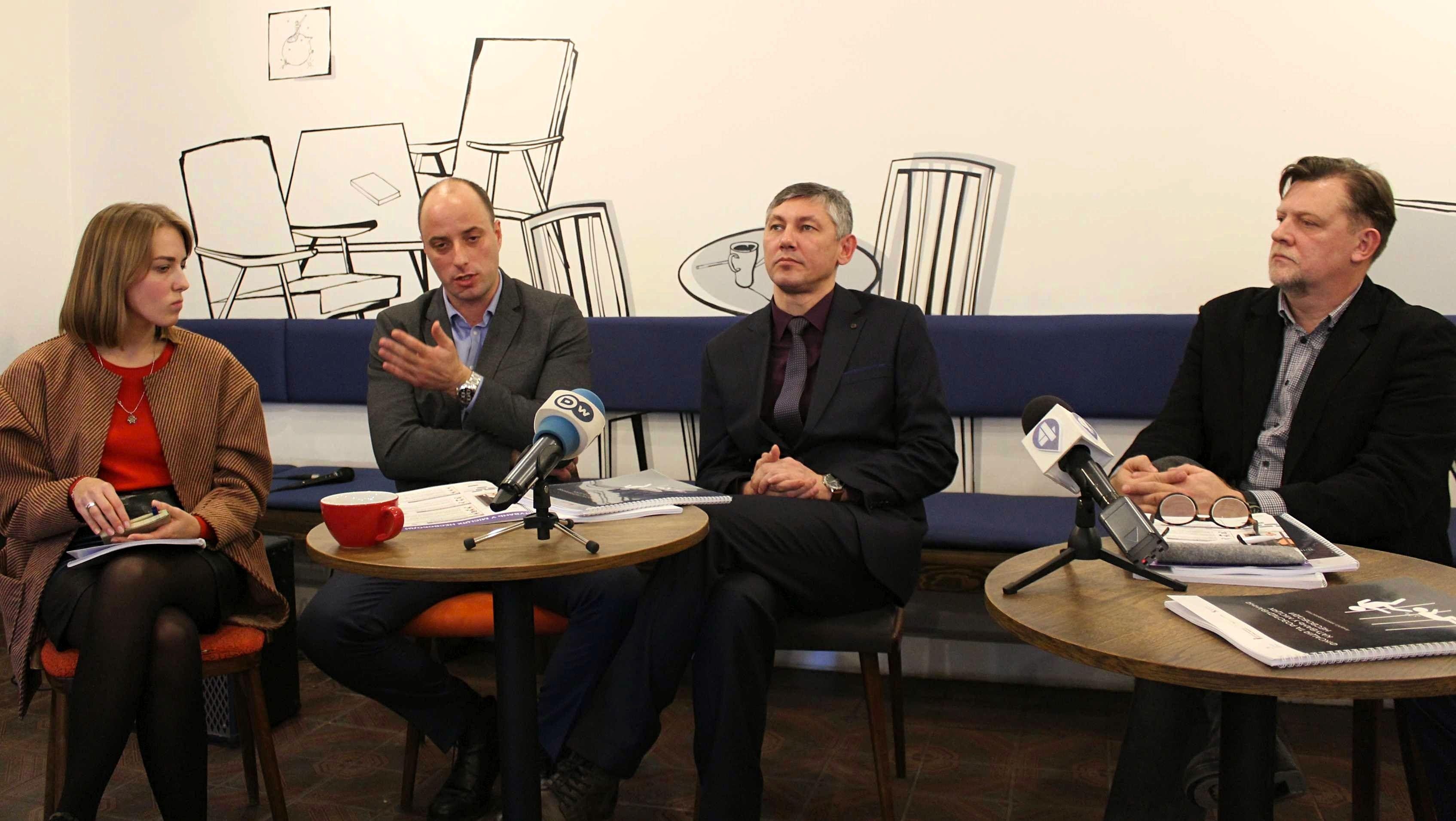 """Чому українське законодавство робить тортури """"невидимими"""": дослідження"""
