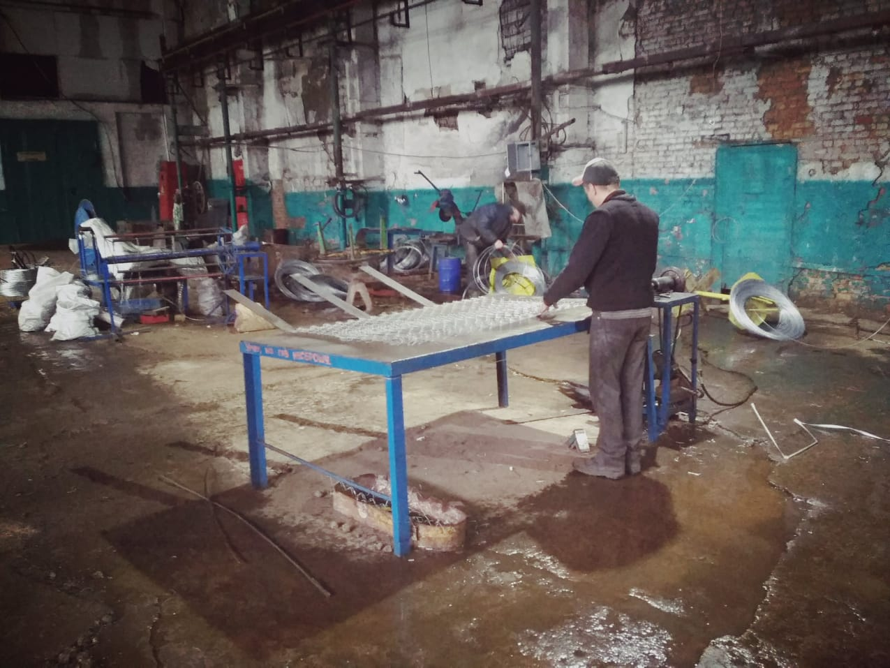 У Синельниківській виправній колонії №94 засуджені працюють без засобів захисту
