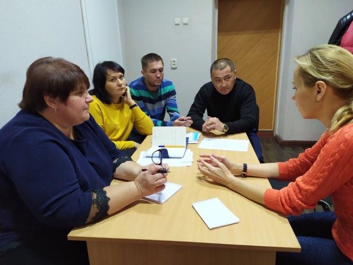 У Дніпрі відбувся круглий стіл щодо важливості розвитку спільноти моніторів